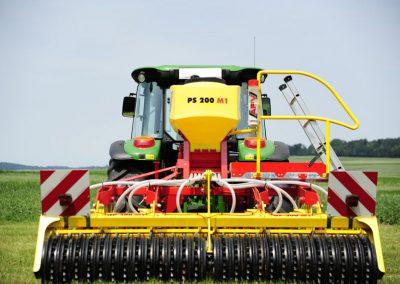 Elektrinė pneumatinė žolių sėklų sėjamoji PS 200 M1 volams