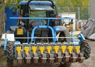 Moduline daržovių sėklų sėjamąja SP 2012 9 sekcijų