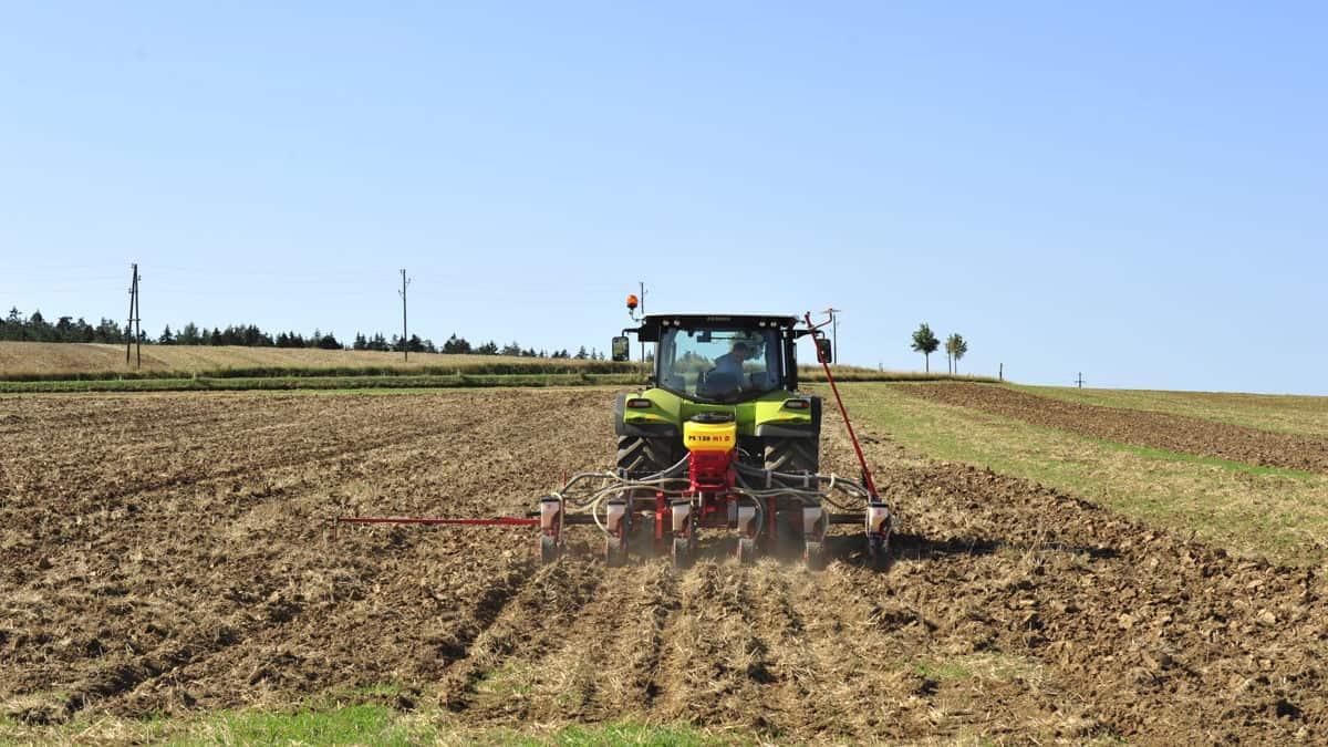 PS 120 M1 elektrinė pneumatinė sėjamoji sėjama kukurūzai