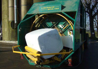 Stačiakampių ryšulių kukurūzų presas MVA750 apvynioja horizontaliai