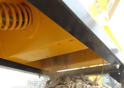 Trupintuvas smulkintuvas CR smulkina statybinį laužą