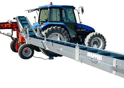 Darzoviu derliaus nuemimo transporteris NU940 darbineje padetyje