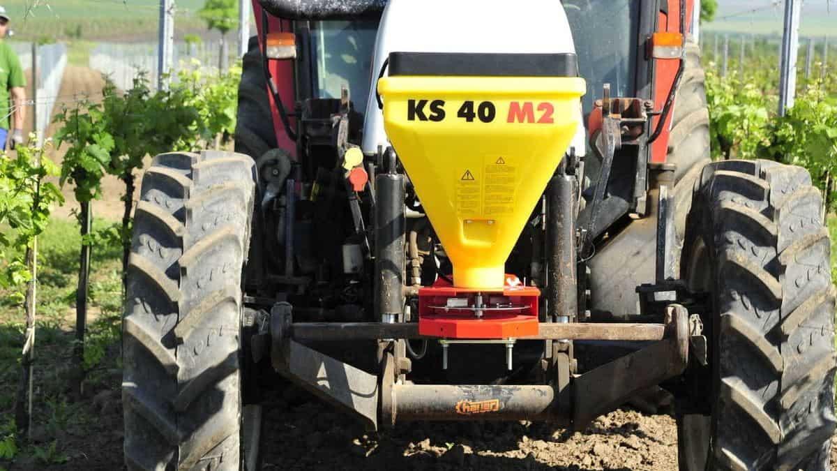 Žolės sėklų elektrinė sėjamoji KS40